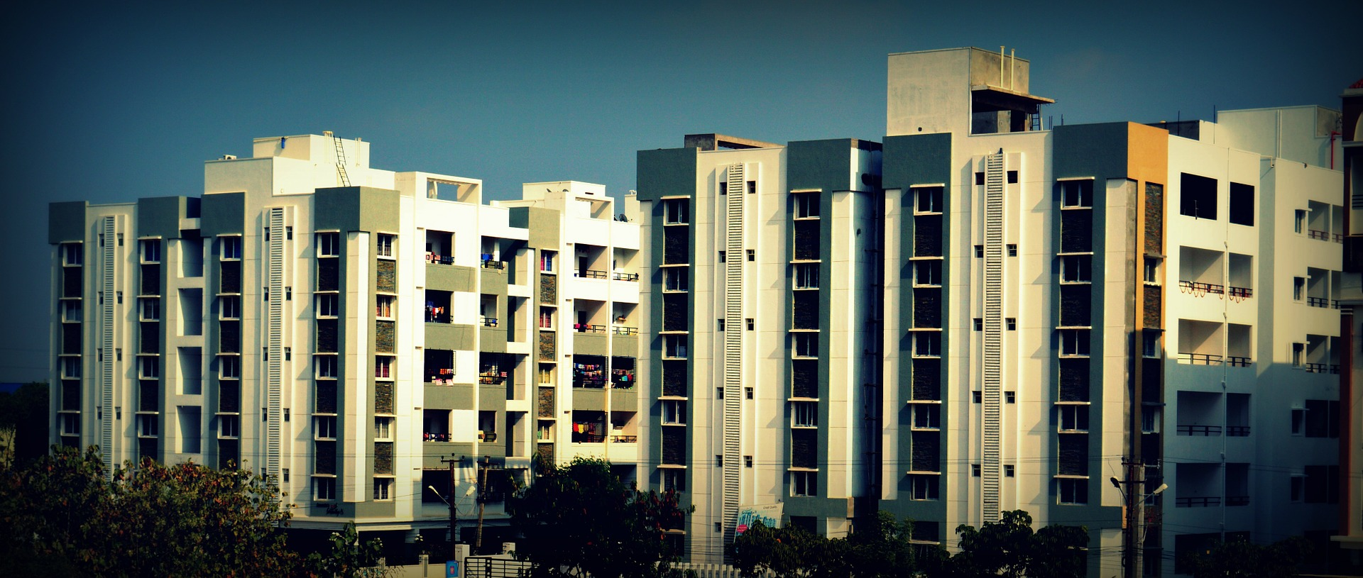 buildings-699412_1920